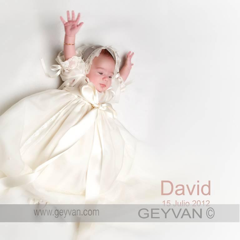 David y sus fotos de bautizo